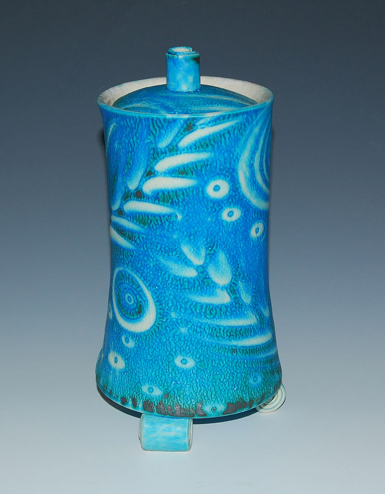 Jo_Connell_Ceramics_lidded_jar_4013_30cm.jpg